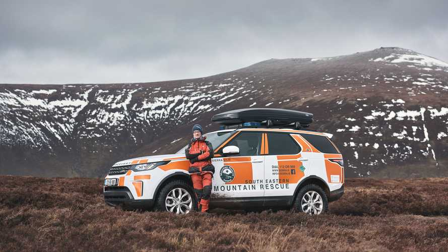 Land Rover supports 500th South Eastern Mountain Rescue Association operation