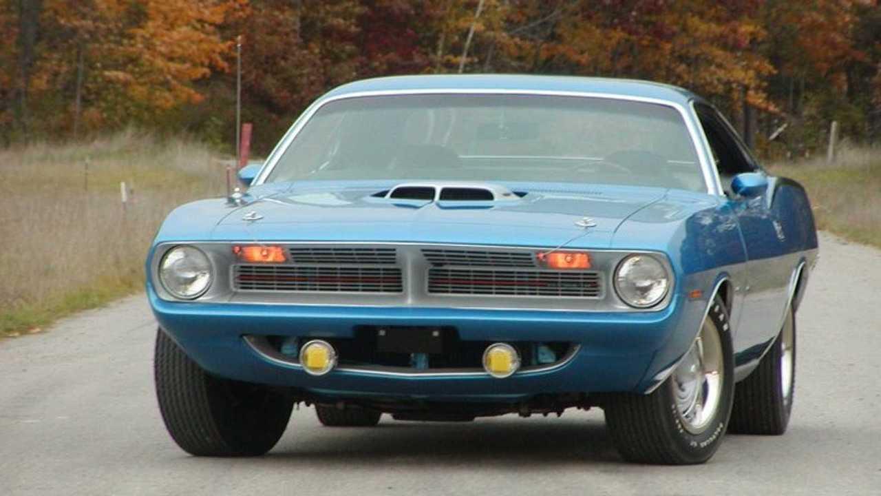 Bid On A Rare, Low-Mileage 1970 Plymouth Cuda Hemi