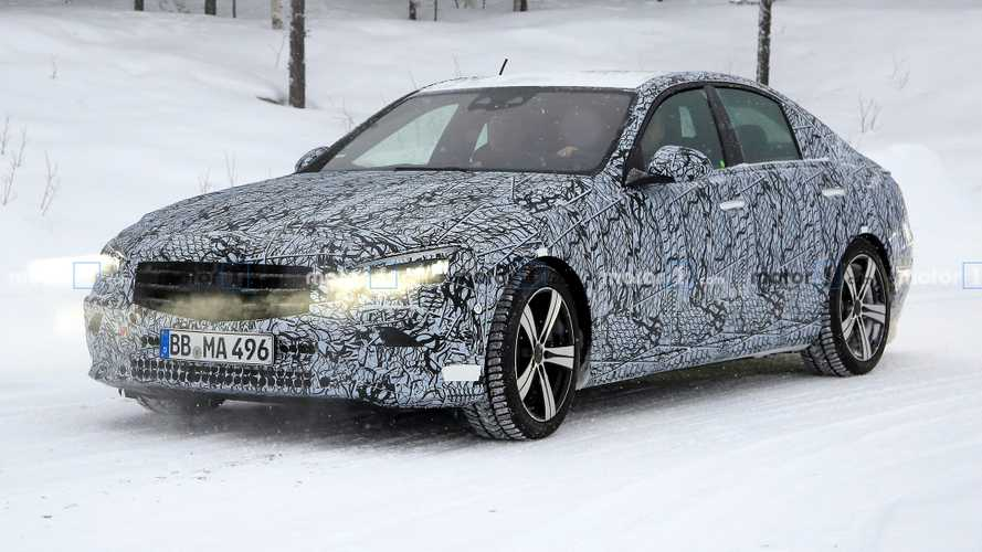 New Mercedes C-Class saloon returns in nearly 30 spy shots