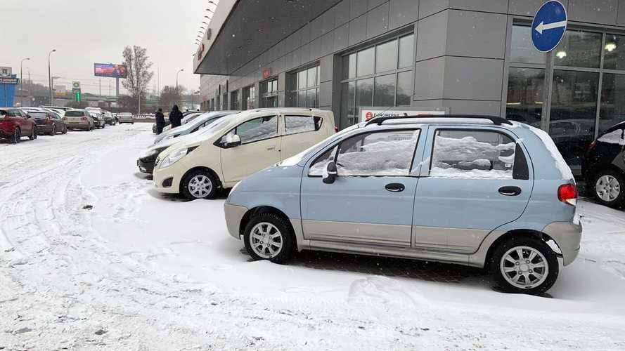 Привет из прошлого: мы нашли в Москве новые машины за 349 тысяч