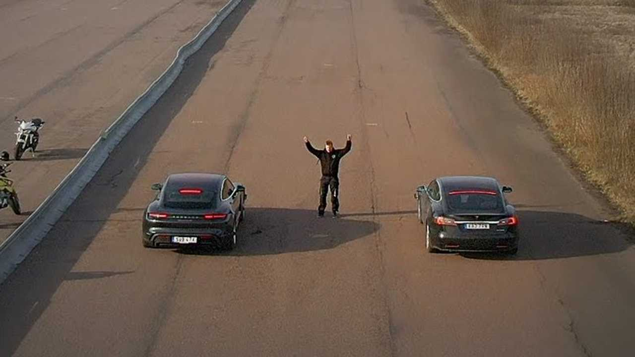 tesla model s vs porsche taycan 2