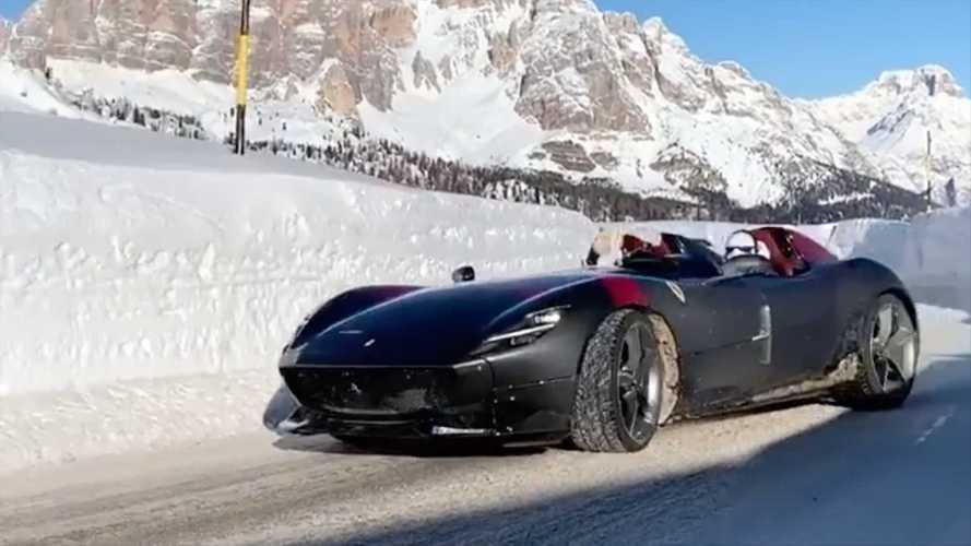 Ferrari, di traverso sulla neve con una SP2 da oltre 1 milione di euro