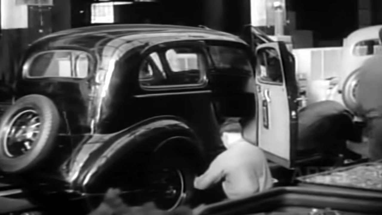 Vintage Factory Footage Shows How 1936 Chevrolets Was Built