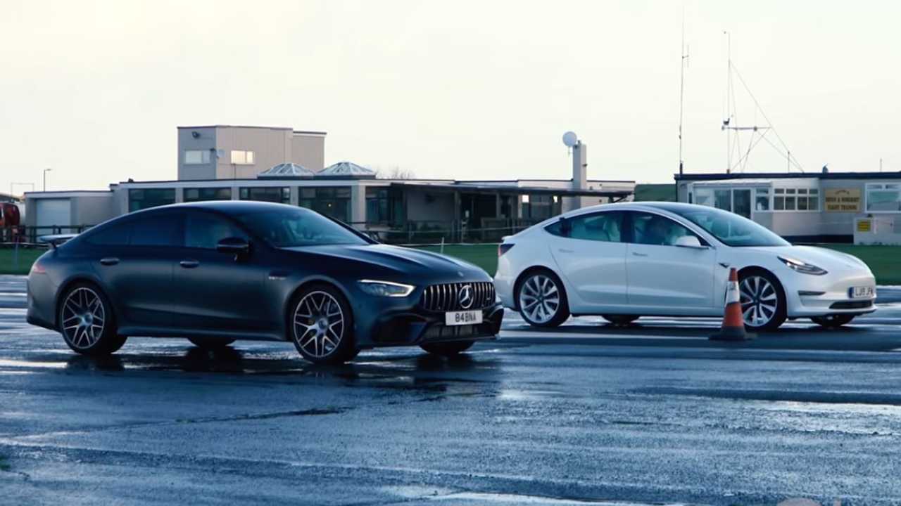 Tesla Model 3 Performance kontra Mercedes-AMG GT 63 S 4 ajtós