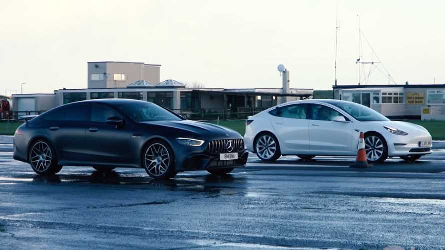 Tesla Model 3 Performance drag races AMG GT 63 S on wet runway