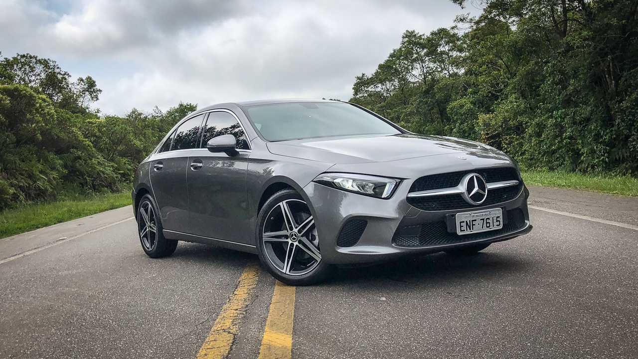 Mercedes Classe A Sedan x Honda Civic Touring