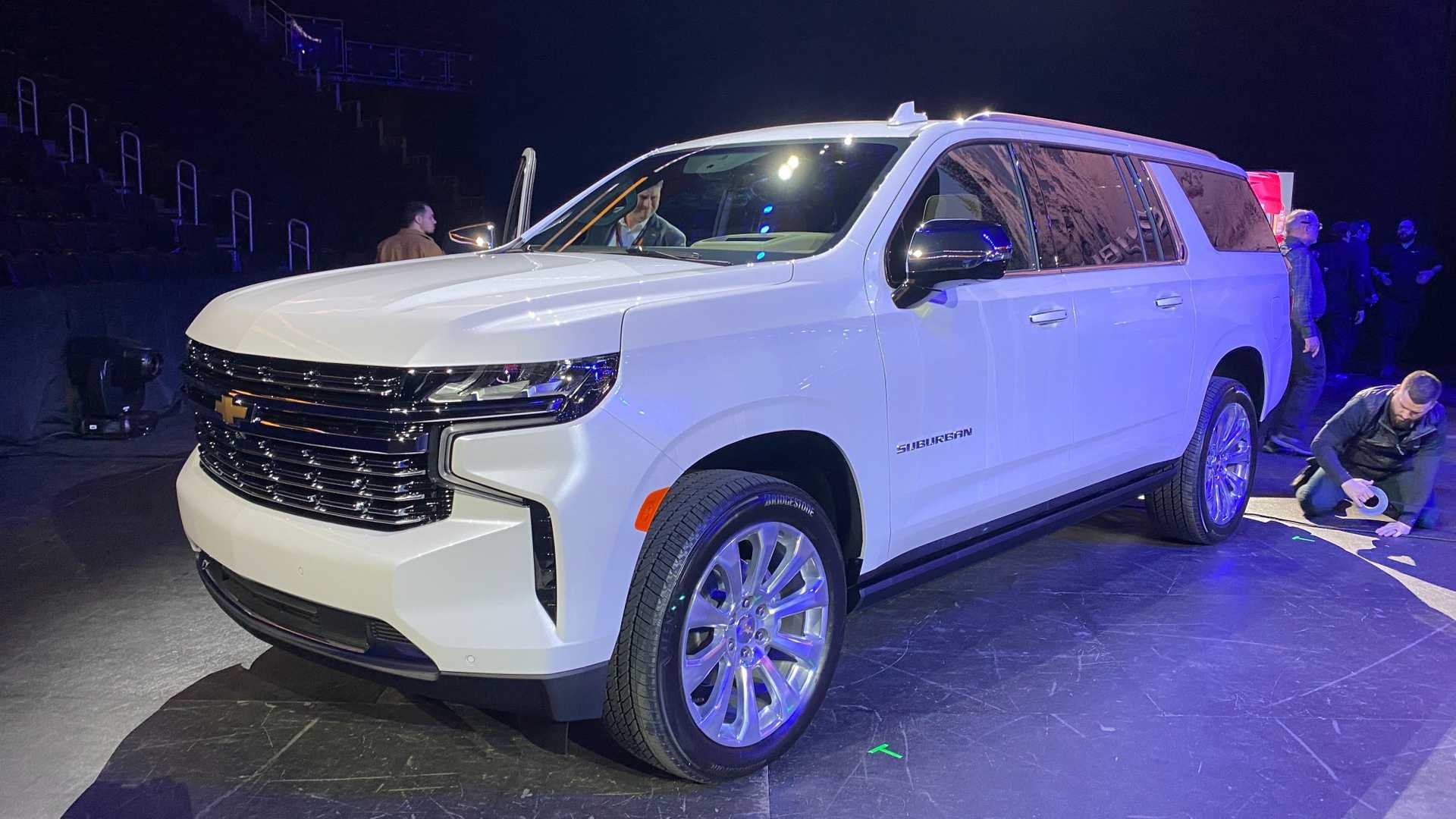 2021 chevrolet suburban and tahoe first look 2021 chevrolet suburban and tahoe