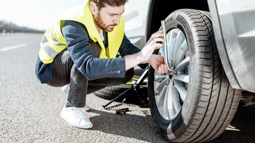 Geico Roadside Assistance Vs AAA