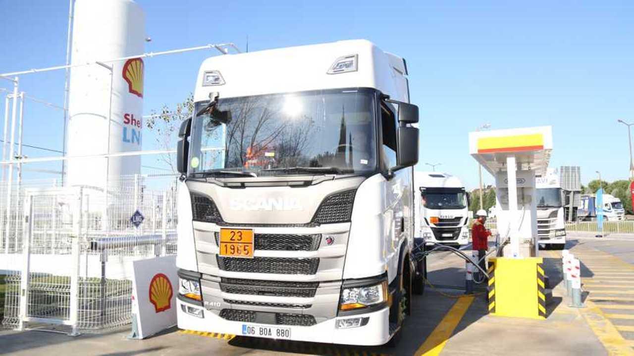 Türkiye'deki İlk LNG İstasyonu Açılışı'ndan Görüntüler (Shell&Turcas)