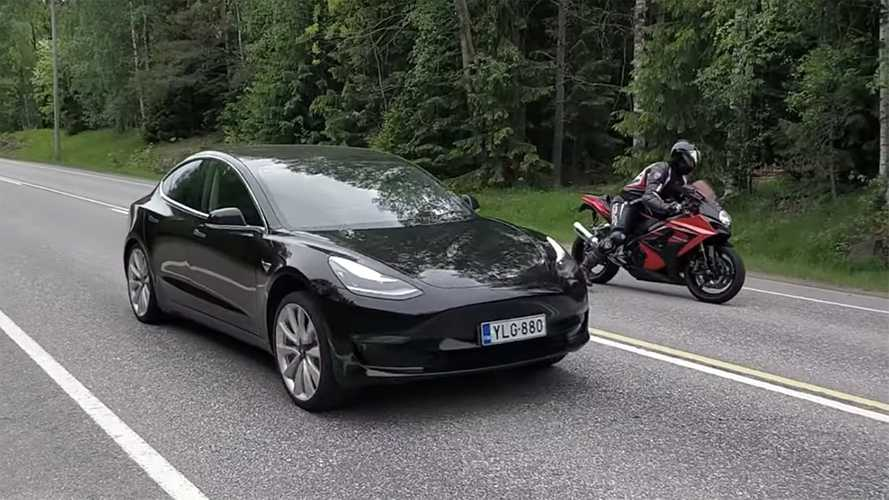 Can a Tesla Model 3 Performance out-accelerate a Suzuki GSX-R 1000?
