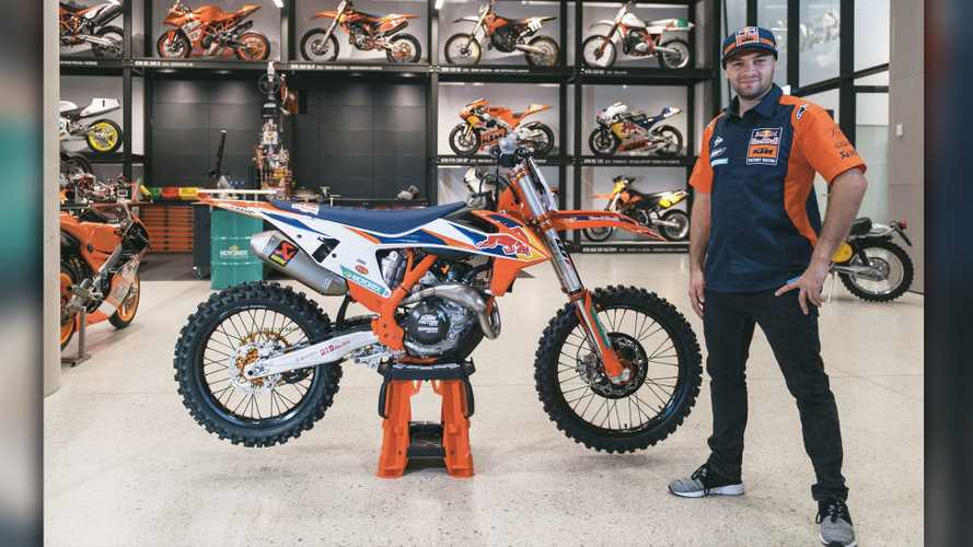 KTM Unveils New AMA Supercross-Inspired 450 SX-F Factory Edition