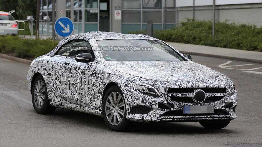 Mercedes S-Class Cabrio spied up close