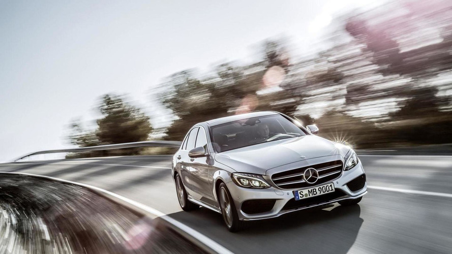 Mercedes Recalls 495K Cars Over Accidental Airbag Deployment