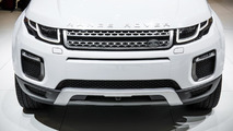 Range Rover Evoque facelift at 2015 Geneva Motor Show