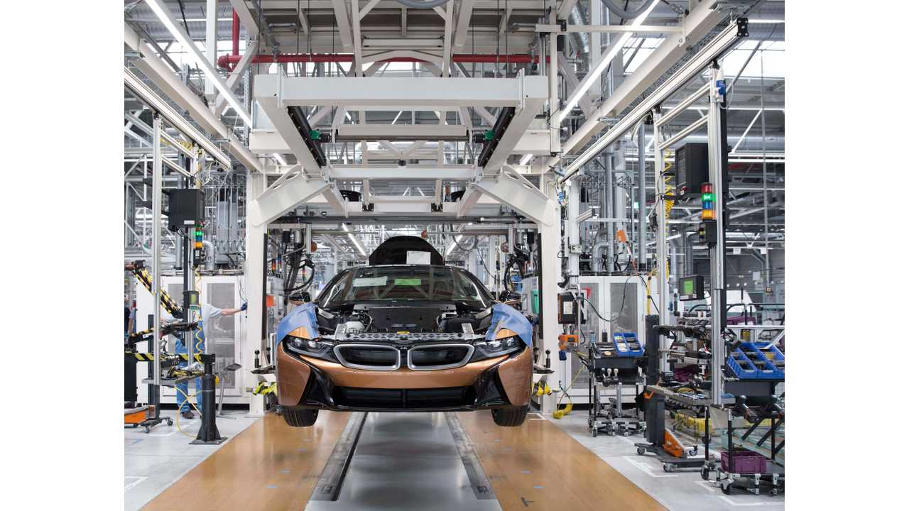 BMW i8 Roadster production in Leipzig plant