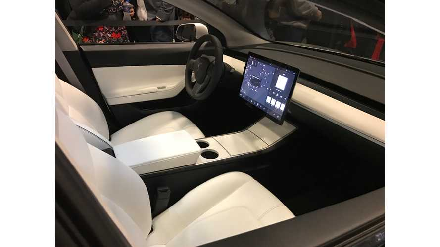 Tesla Model 3 Instrument Cluster Mock-Up Surfaces