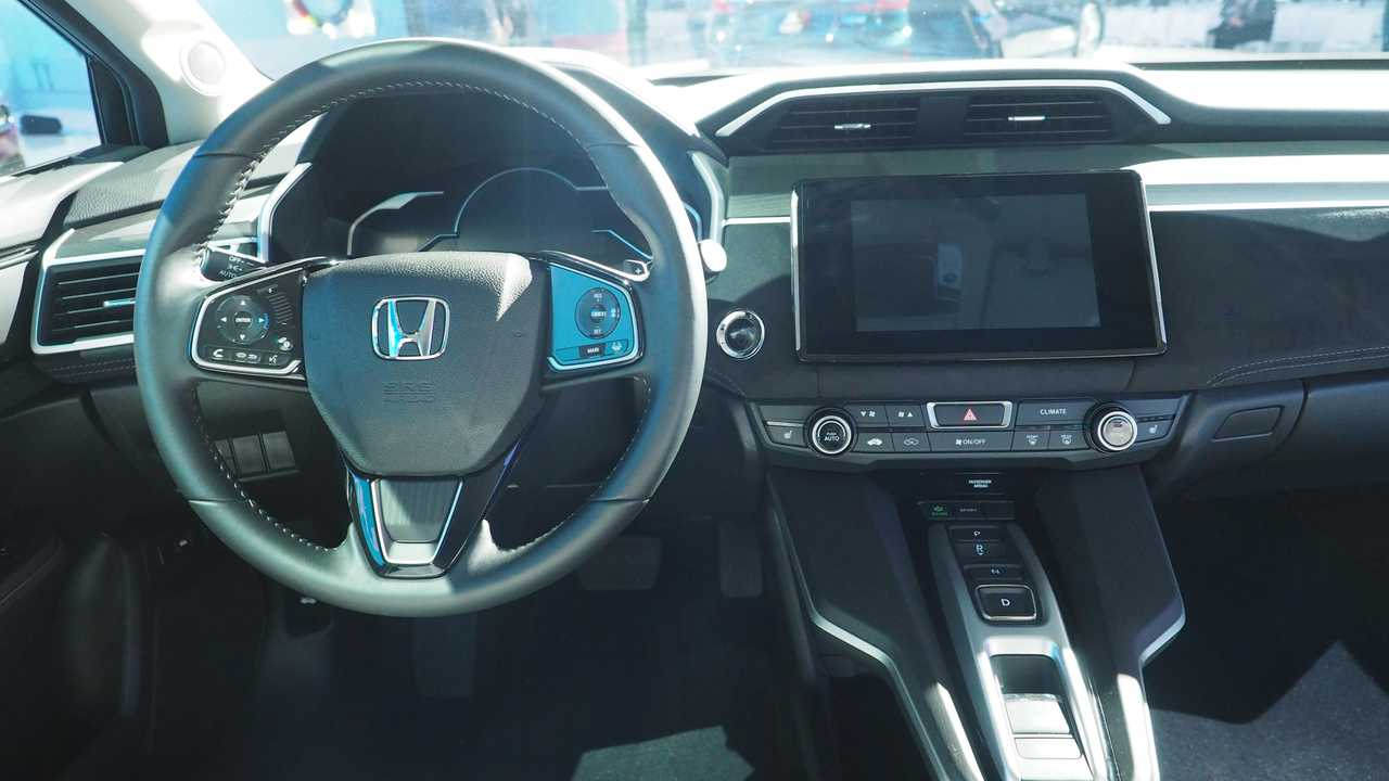 Inside The Honda Clarity Electric