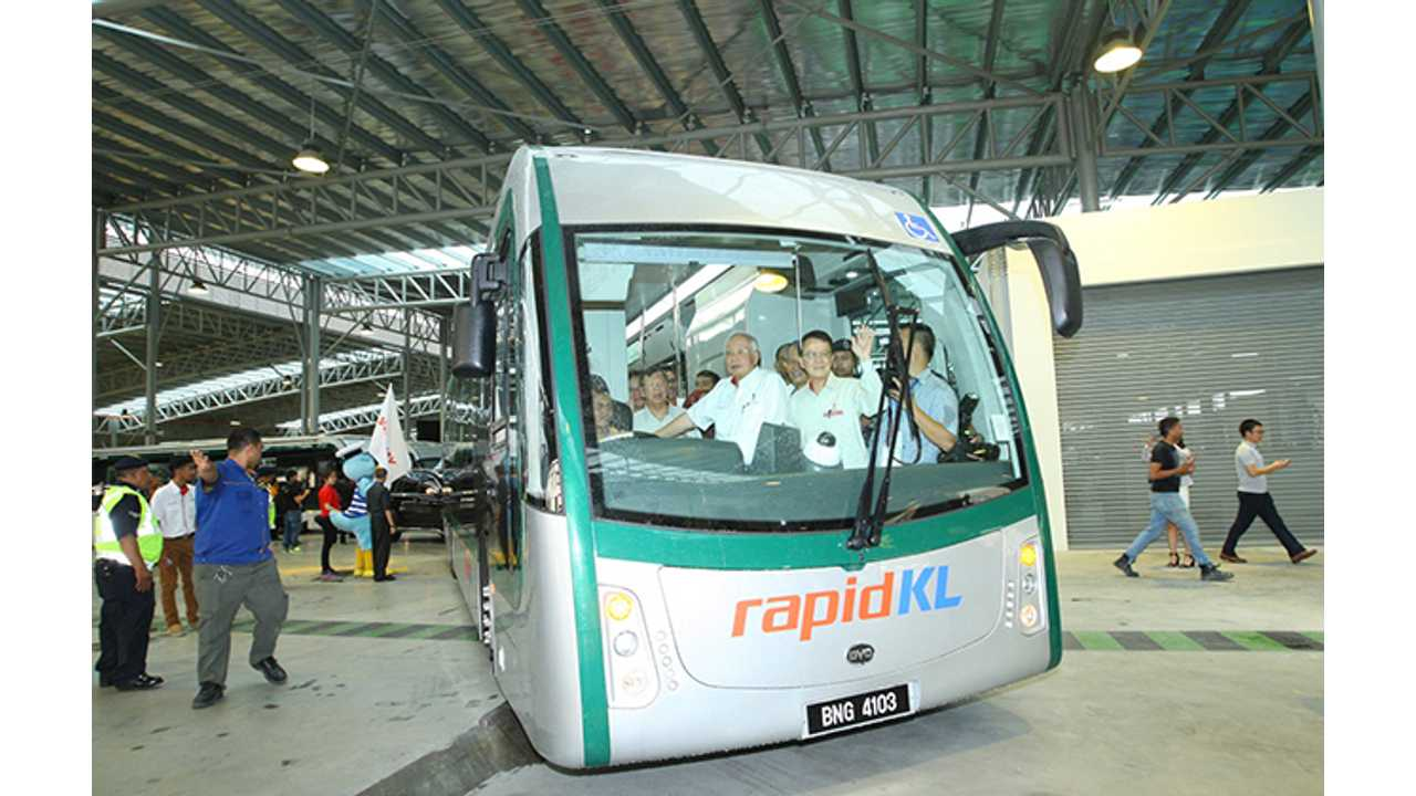 Malaysia Launches World S First Elevated Electric Bus Rapid Transit System