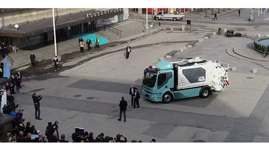 Volvo Launches First FL Electric Refuse Truck - Video