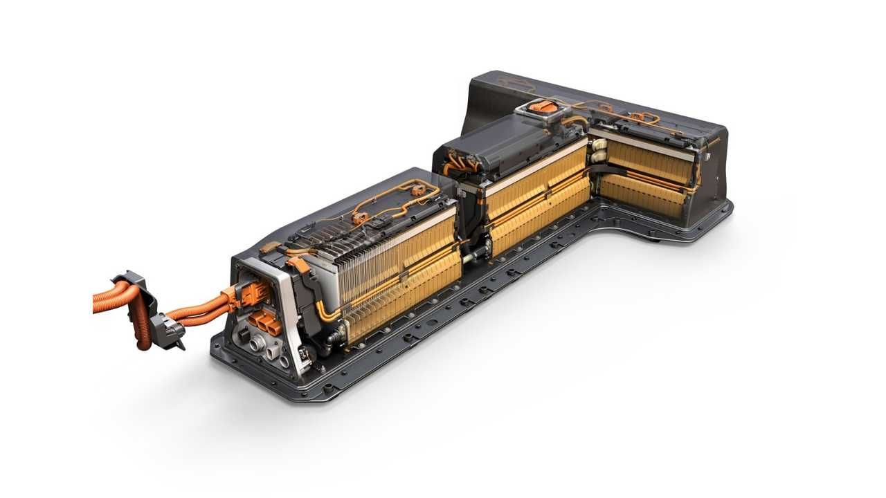 The second-generation Chevrolet Volt uses an all-new battery system that maintains its signature t-shape configuration but uses nearly 100 fewer cells. The battery system will provide improved range while weighing 30 lbs. less than the previous battery system.