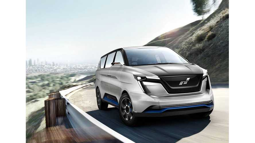 Sleek ICONIQ Seven Electric Minivan Debuts In Pebble Beach - Videos