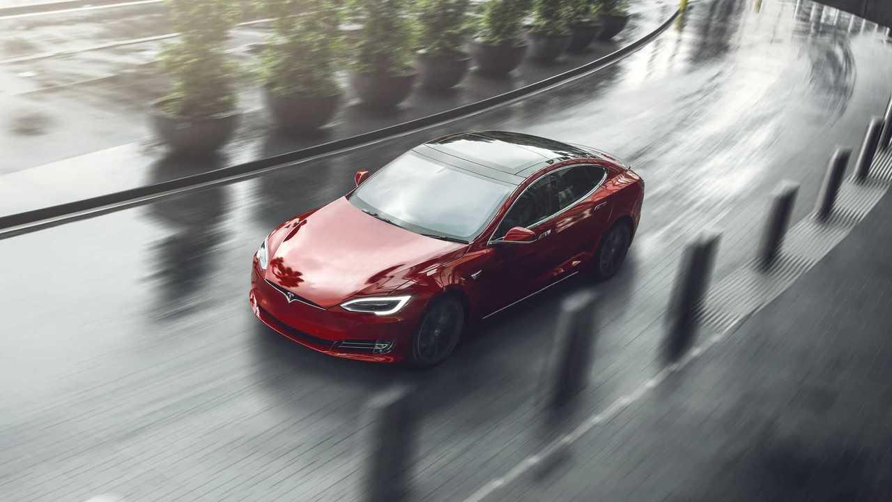 The Tesla Model S Handily Converts This Popular British Columnist