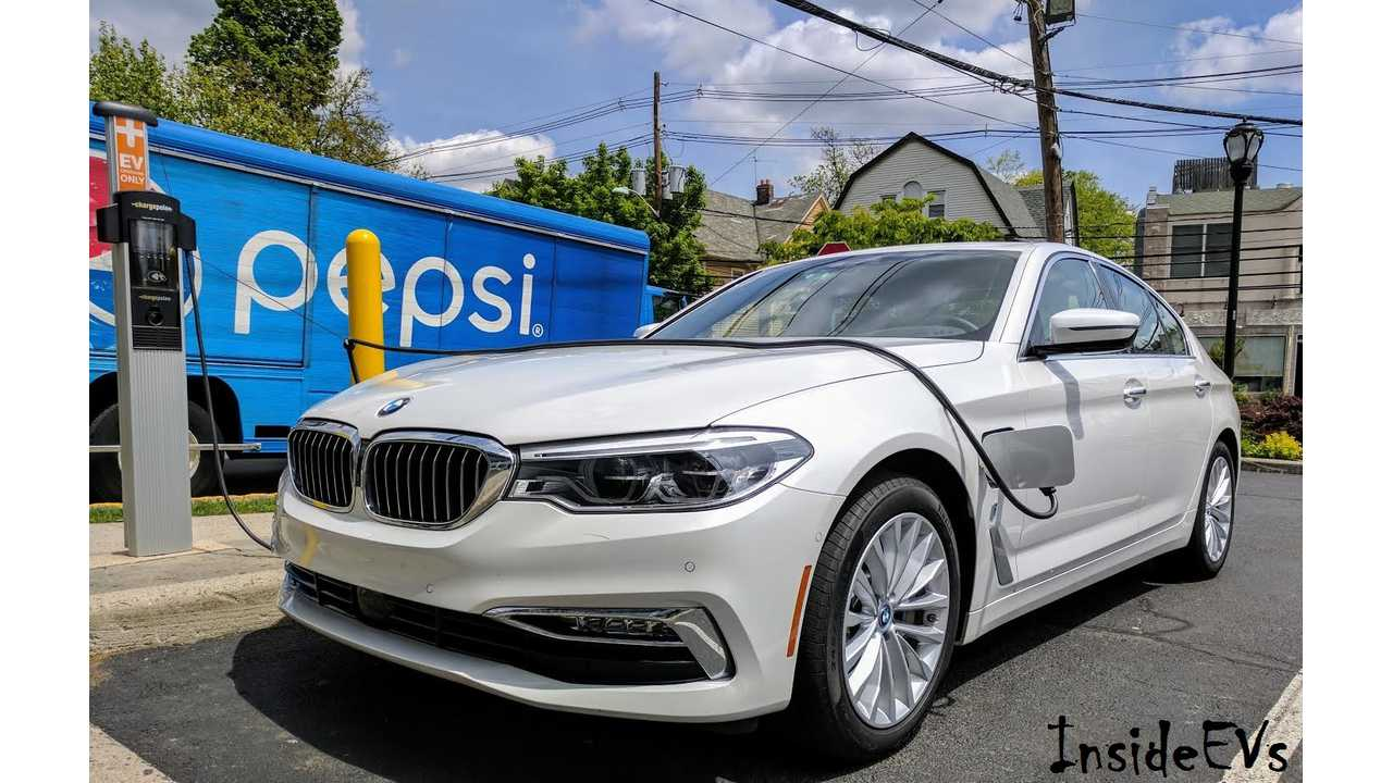 The BMW 530e was the surprise hit of November,<br />selling 872 copies -<br />an all-time high!<br />(InsideEVs/Tom Moloughney)