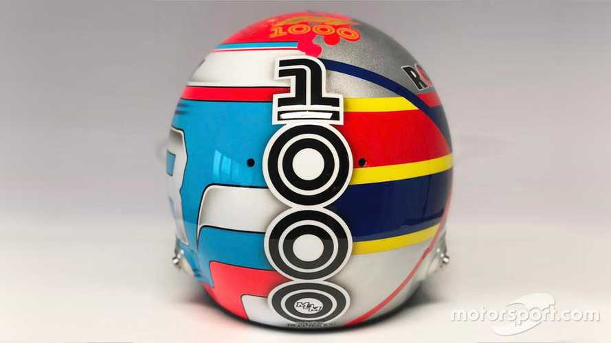 Helmet of George Russell for Chinese GP 2019