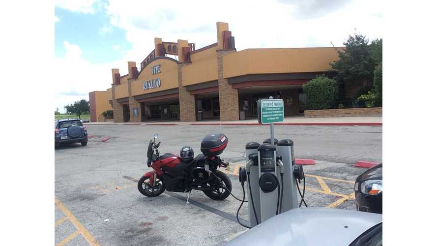 Three Country Tour on an Electric Motorcycle - San Antonio (Video)