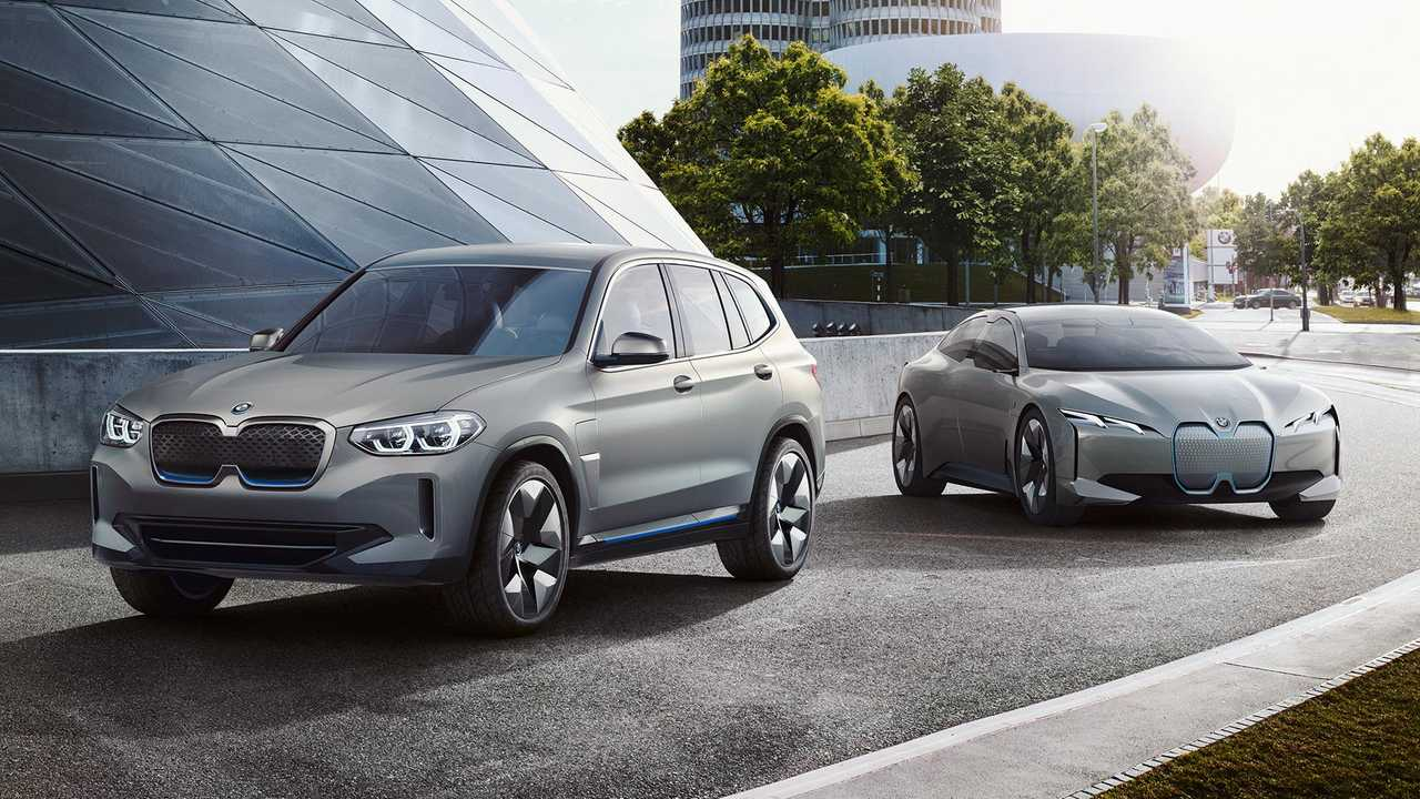 BMW Exec Discusses iNext Electric SUV & Electric Cars