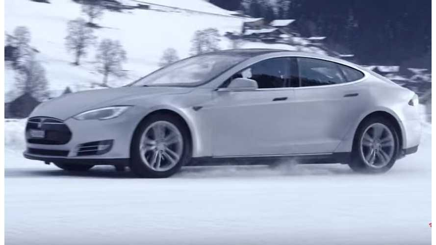 Tesla Model S Owner Shows Off AWD Capability In The Snow - Video