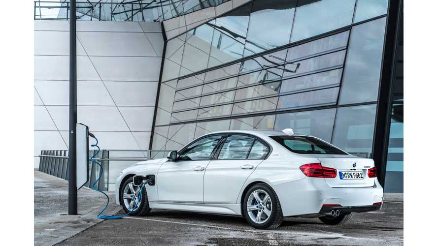 BMW 330e Plug-In Hybrid Test Drive Review