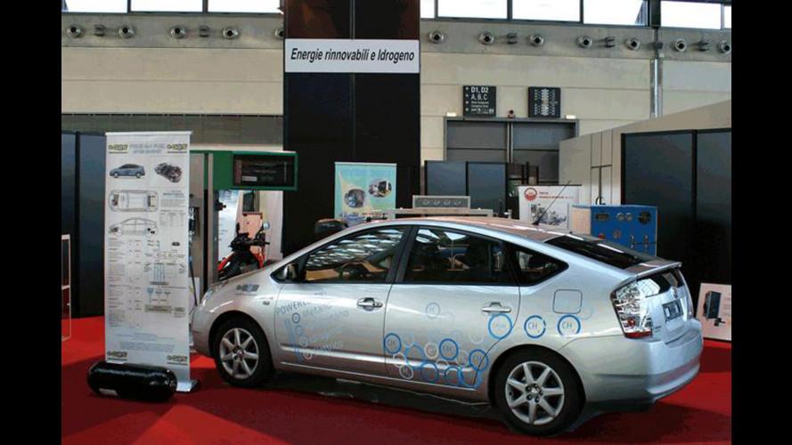 Toyota Prius idrometano, un tris di intelligenza