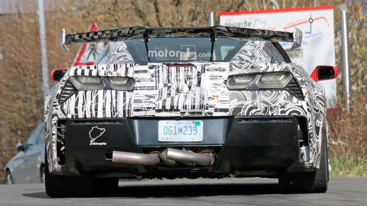 Chevrolet Corvette ZR1 Spy Pics