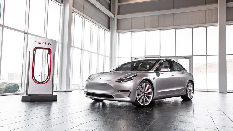 Kategóriája legkedvezőbb értékcsökkenési mutatóját produkálhatja a Tesla Model 3