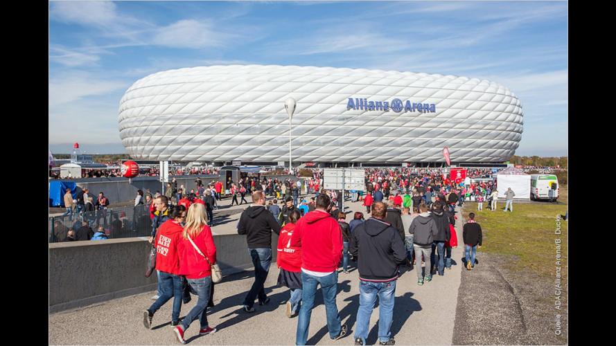 Anfahrt zum Fußballspiel: Die meisten Fans haben viel Geduld