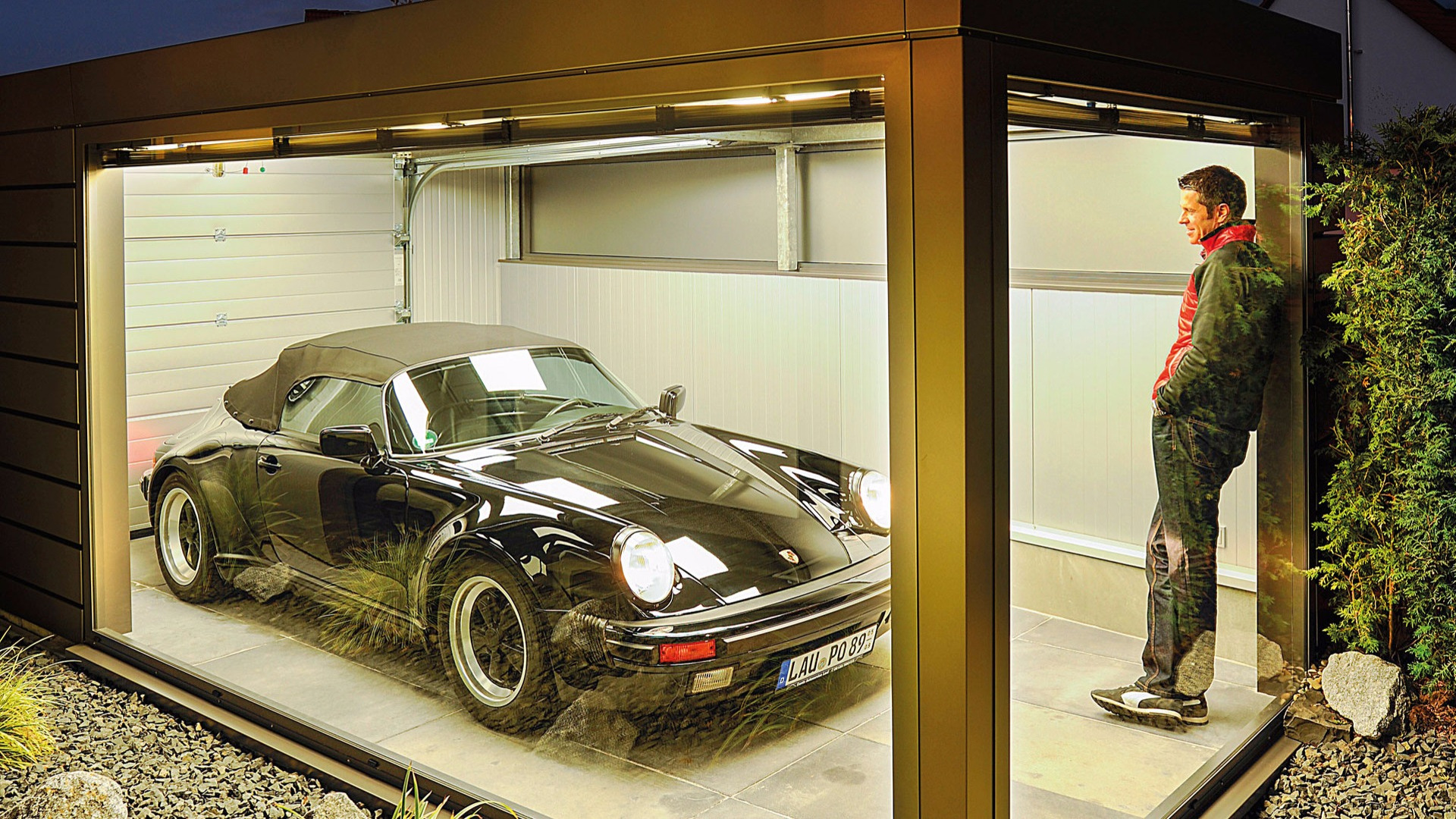 Porsche 911 owner builds bonkers garage for all the right