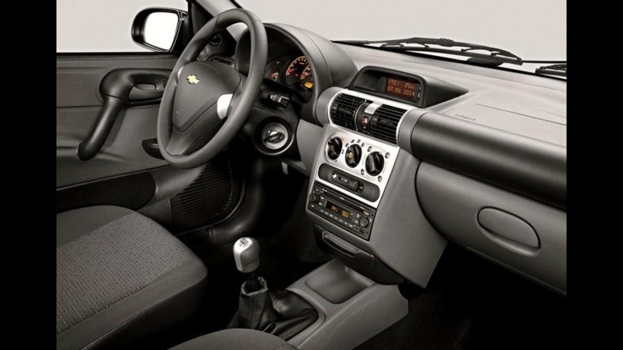 dd04576abee Chevrolet Classic ganha série Advantage por R  34.170 - Motor1.com Fotos