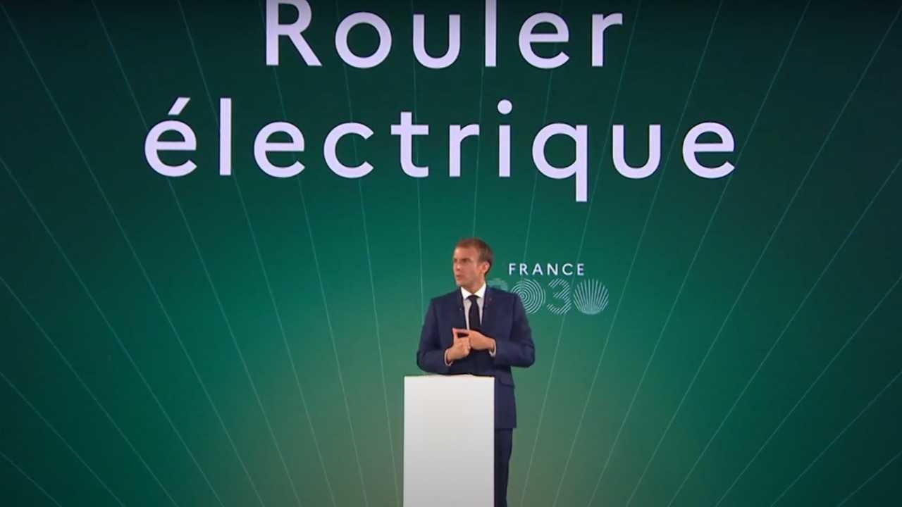 Macron presenta il piano
