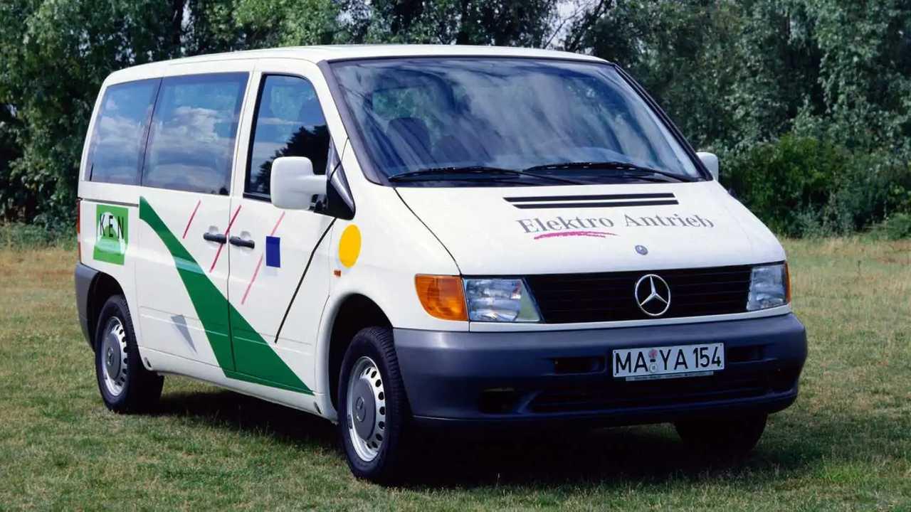 Mercedes eVito - Cerita