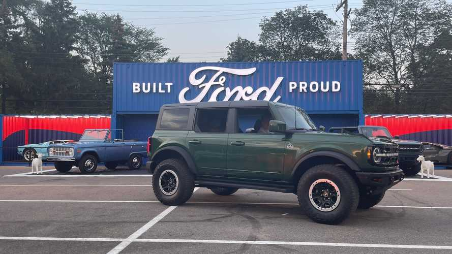 2022 Ford Bronco in Eruption Green