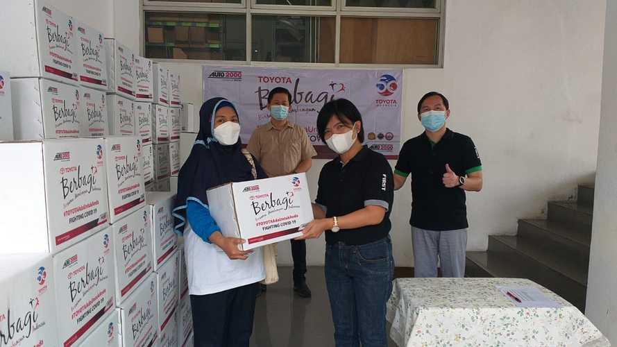 Auto2000 Donasikan 23 Ribu Paket untuk Masyarakat Sekitar