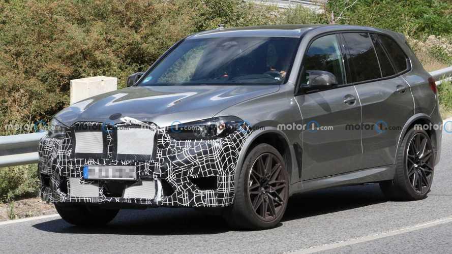 Makyajlı BMW X5 M, yeni ızgarası ile görüntülendi