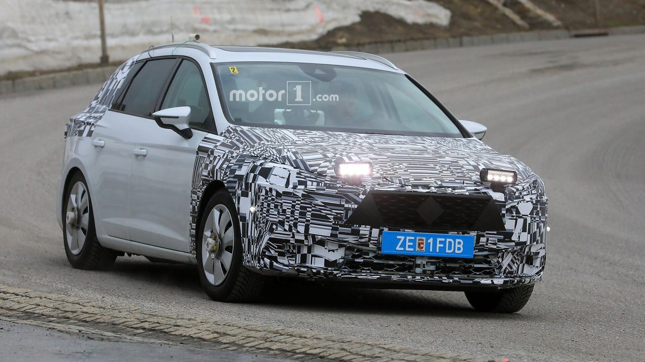 2020 seat leon spied for the first time. Black Bedroom Furniture Sets. Home Design Ideas