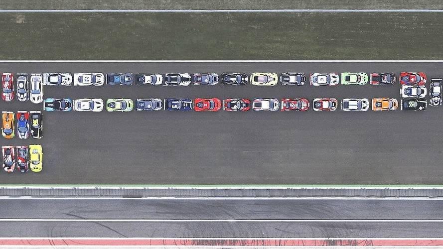 Pirelli, logosunu 22,000 beygir güç ile canlandırdı
