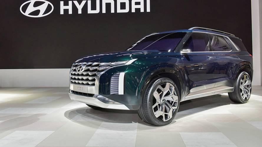 Hyundai, yeni büyük SUV konsepti Grandmaster'ı sergiliyor