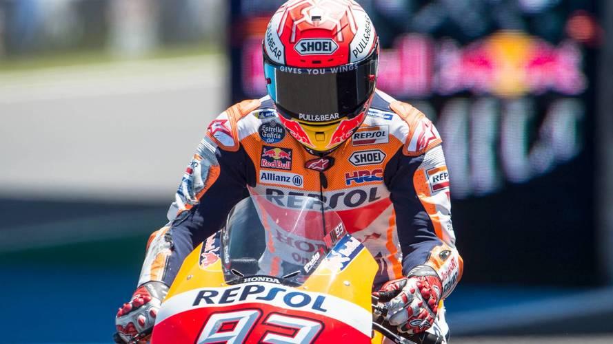 Márquez le devuelve la jugada a Dovizioso y tiene el título de MotoGP a tiro en Japón