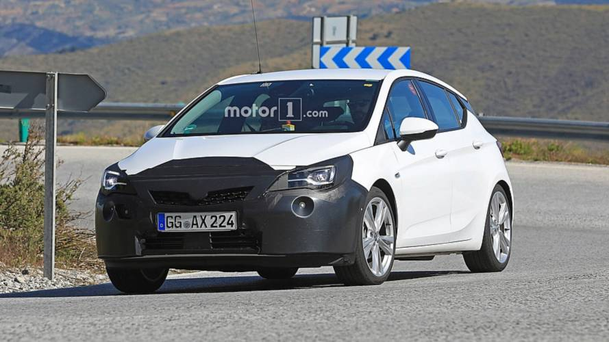 2019 Opel Astra facelift spy photos