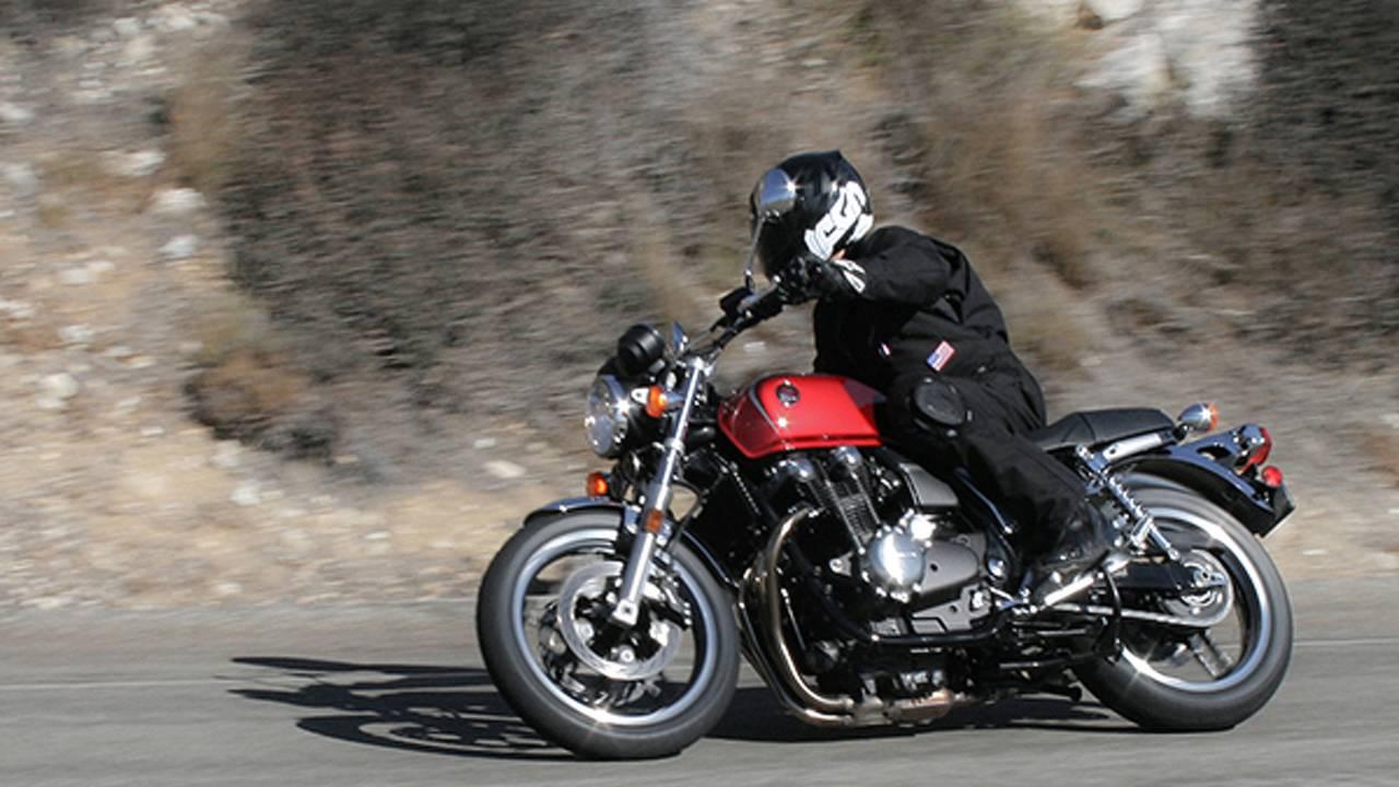 Riding the Honda CB1100F