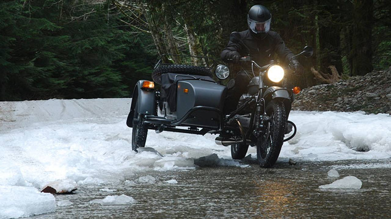2014 Ural Gear-Up Sidecar (over icy road)